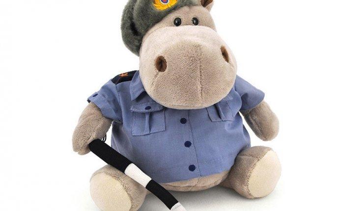 Купить Мягкая игрушка бегемот полицейский гаишник в интернет