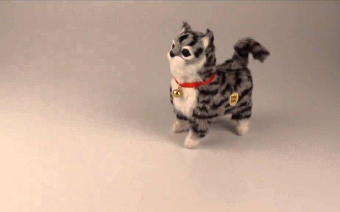 Мягкая игрушка механическая Кошка с колокольчиком - YouTube